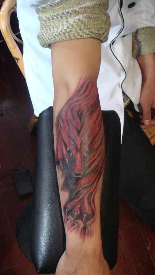 酒吧厨师杨磊的火狐狸纹身