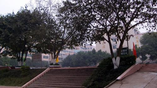 我可爱的校园-飘飞的风筝-搜狐博客