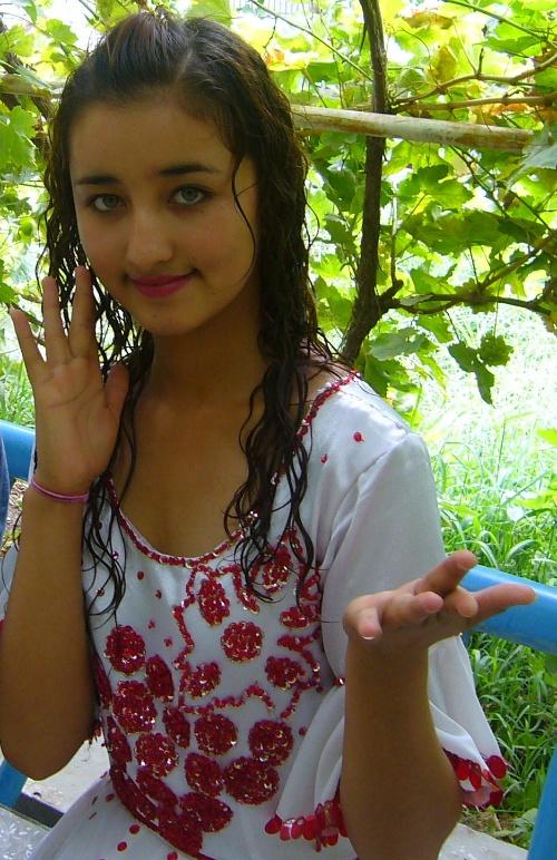 新疆有个吐鲁番 吐鲁番有个葡萄沟