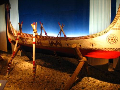 高山族彩绘木雕渔船