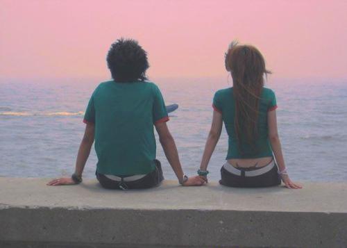 夜晚情侣拥抱背影图片,拥抱背影的图片唯美,情侣装夜晚背影照片