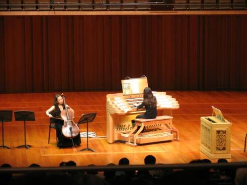 我用国家大剧院管风琴的移动演奏台与安蕊演奏图片